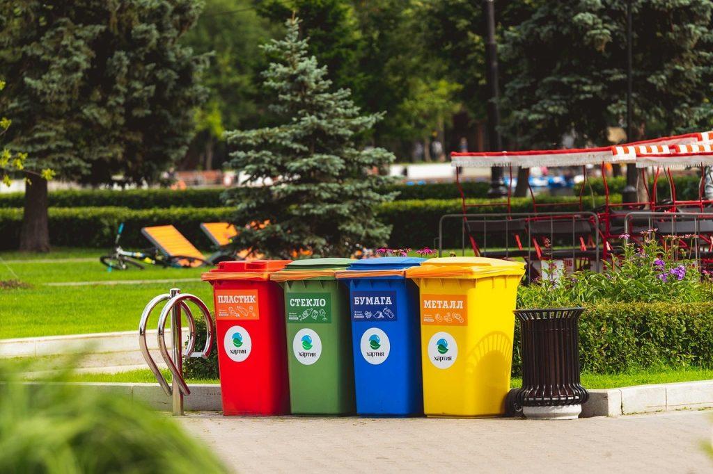 Opłaty za niesegregowanie śmieci