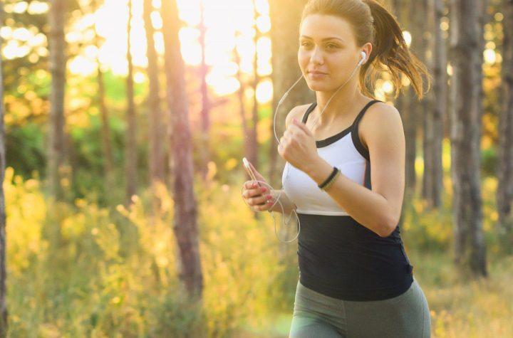 Jak wybrać idealne słuchawki do biegania?