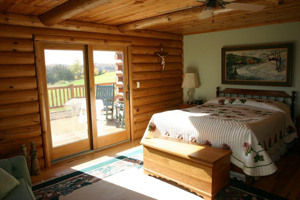 Zalety łóżka drewnianego