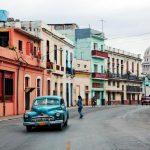 Kuba – piękne plaże, stare samochody i duch Fidela Castro